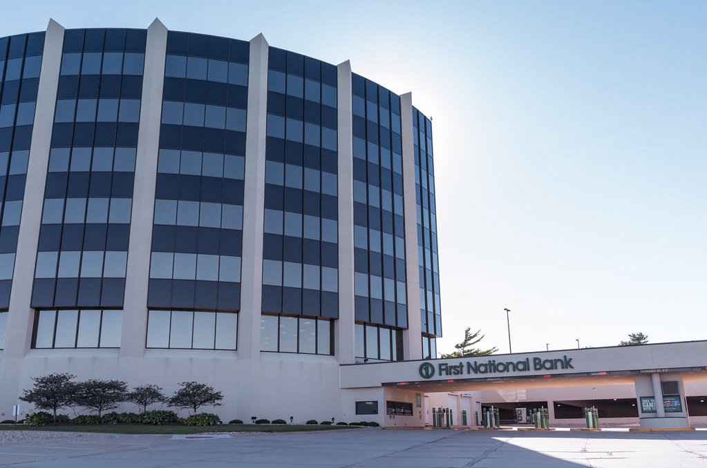 First National Bank of Omaha - Embassy Plaza | The First Nat