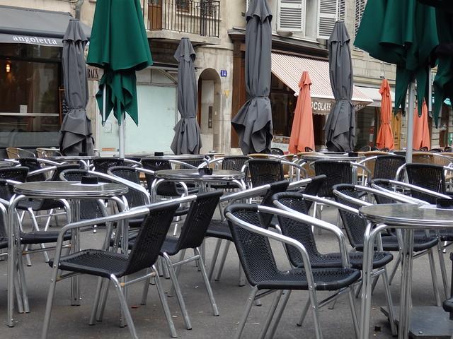 Café in the Place du Bourg-de-Four