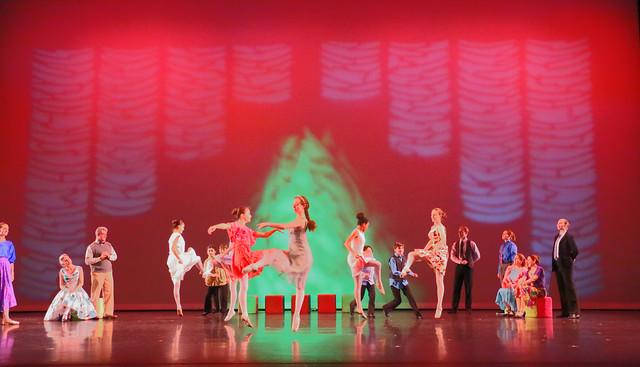 Party Scene with Small Tree 🎄In Arizona Ballet Theatre's 2016 Nutcracker Ballet :: Version 1
