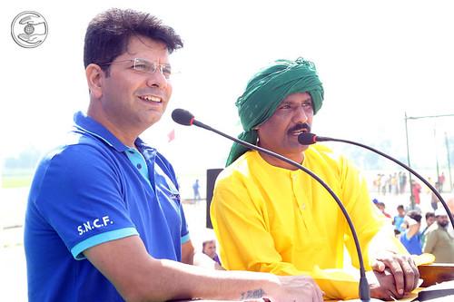 Anchors, Rakesh Mutreja and Chaman Sauda