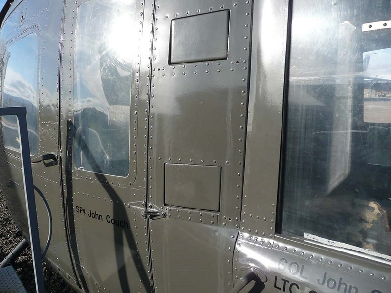 Bell UH-1D Huey 5