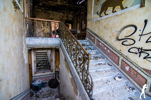 Lost Places: Chateau Pink Panther | by smartphoto78