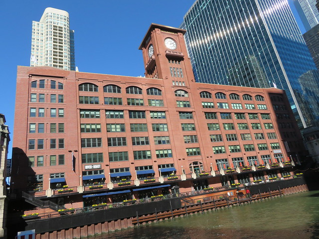 Chicago Architects' Boat Tour