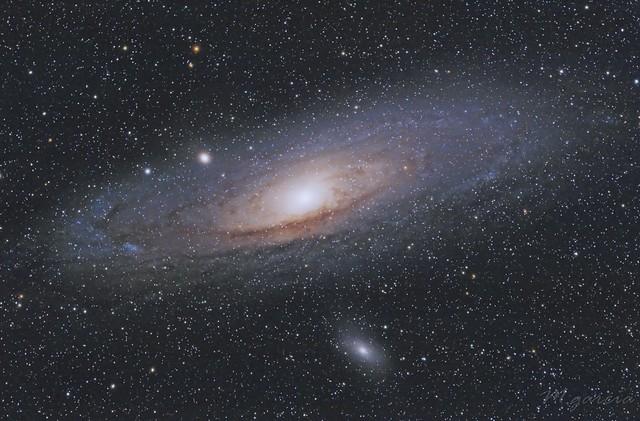 Galaxia de Andrómeda (M31) (M110) (M32)
