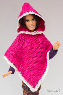 Poncho per Barbie | by EleC [mickred]