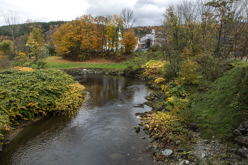vermont places stowe river fall autumn