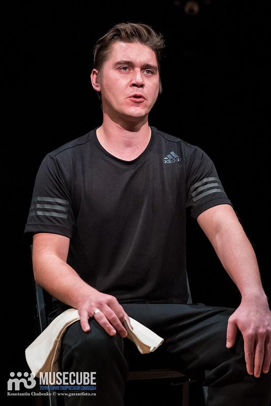 spektal_vosem_teatr_na_taganke_004
