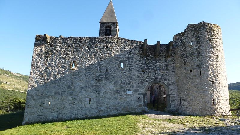 Wehrkirche zur Sv. Trojica in Hrastovlje (Slowenien)