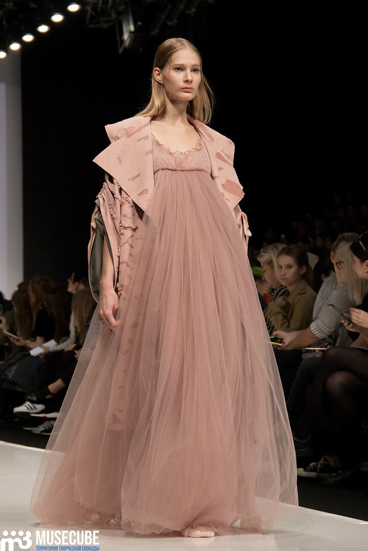 mercedes_benz_fashion_week_ba_(hons)_fashion_037