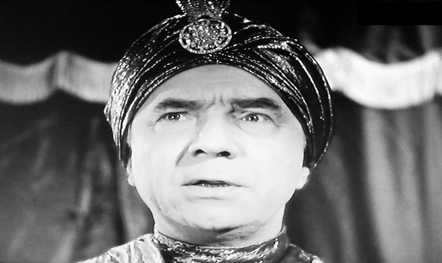 Bela Lugosi as a Swami 1940 film - You'll Find Out 8470