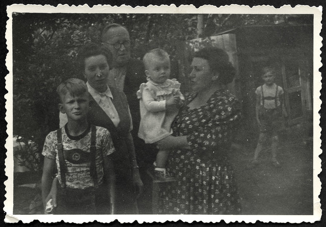 Archiv R640 Familienfoto, 1950er
