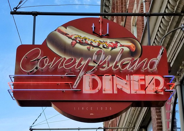 OH, Mansfield-OH 13 Coney Island Diner Neon Sign