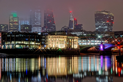building architecture skyscraper offices lights mist fog cloud tower reflection water river thames london bridge beach crane glow dark night
