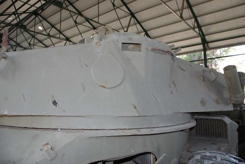 Panhard AML-90 4