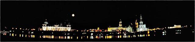 Dresden - Elbterrassen bei Nacht
