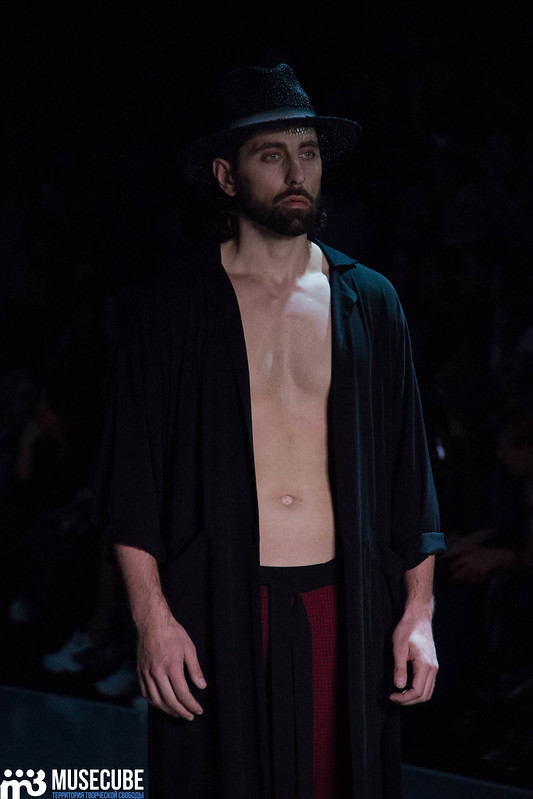 mercedes_benz_fashion_week_goga_nikabadze_030