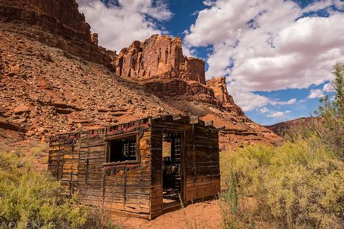 Bowknot Bend Cabin | by IntrepidXJ