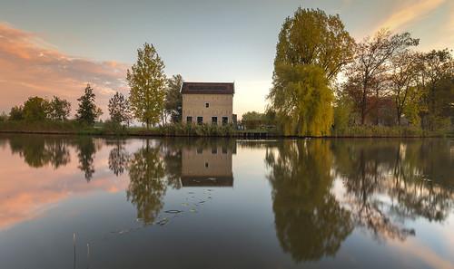 wimboon alblasserwaard alblasserdam canoneos5dmarkiii canonef1635mmf4lisusm leefilternd09softgrad leelandscapepolariser holland nederland netherlands natuur nature reflectie reflections
