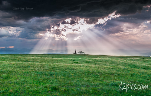 co godrays lights sunrays sunrisesunset windmill colorado unitedstates us