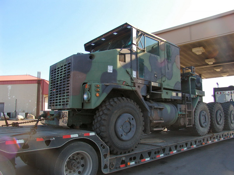 M1070 Heavy Equipment Transport 12