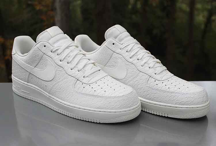 Refinamiento cráter nudo  Nike Air Force 1 '07 LV8 Low Triple White Snakeskin 718152-702 Men's Size  15 - a photo on Flickriver