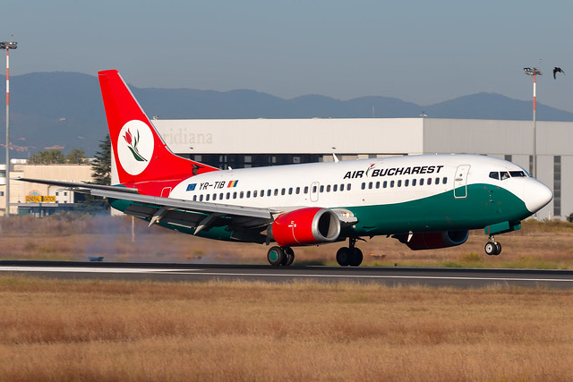 Air Bucharest Boeing 737-3L9 YR-TIB - Florence Peretola Airport