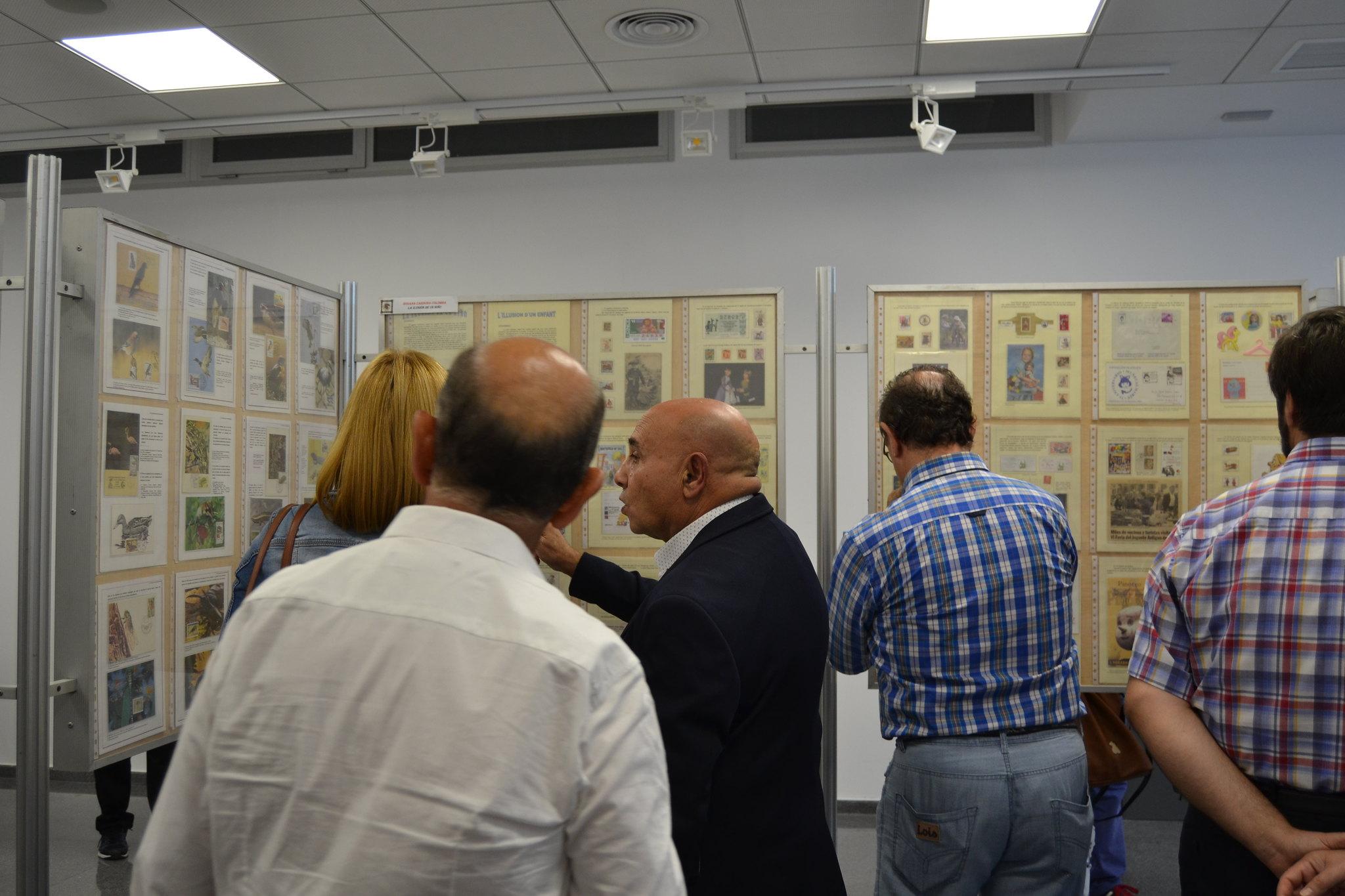 (2018-10-05) - Exposición Filatélica - Inauguración - Diario El Carrer  (47)