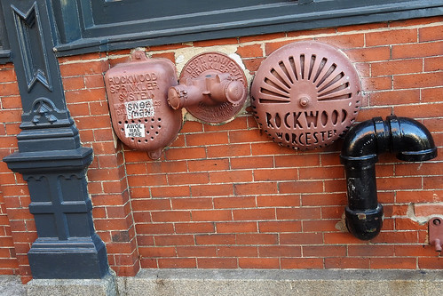 travel coast maine usa portland city streetview building buildings harbour machigonne sea awol brick wall brickwall port street dnysmphotography dnysmsmugmugcom