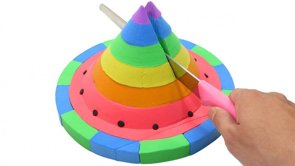 b1ceed34a25 ... Learn Numbers & Learn Colors Kinetic Sand Rainbow Cone UFOs Toys |  How To Make