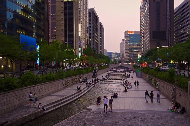 Cheonggyecheon (청계천), Seoul, South Korea