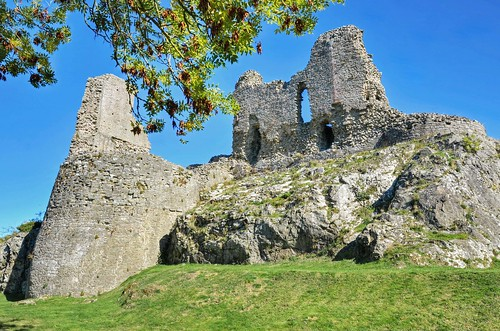 wales welshmarches montgomery montgomerycastle medievalbuildings ruins