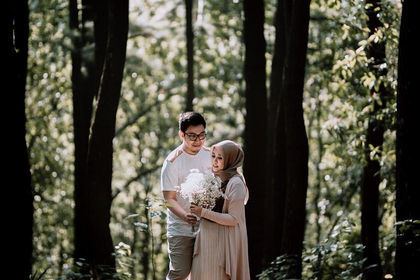 Jasa Foto Pre Wedding Di Hutan Pinus Gunung Pancar Bogor Flickr
