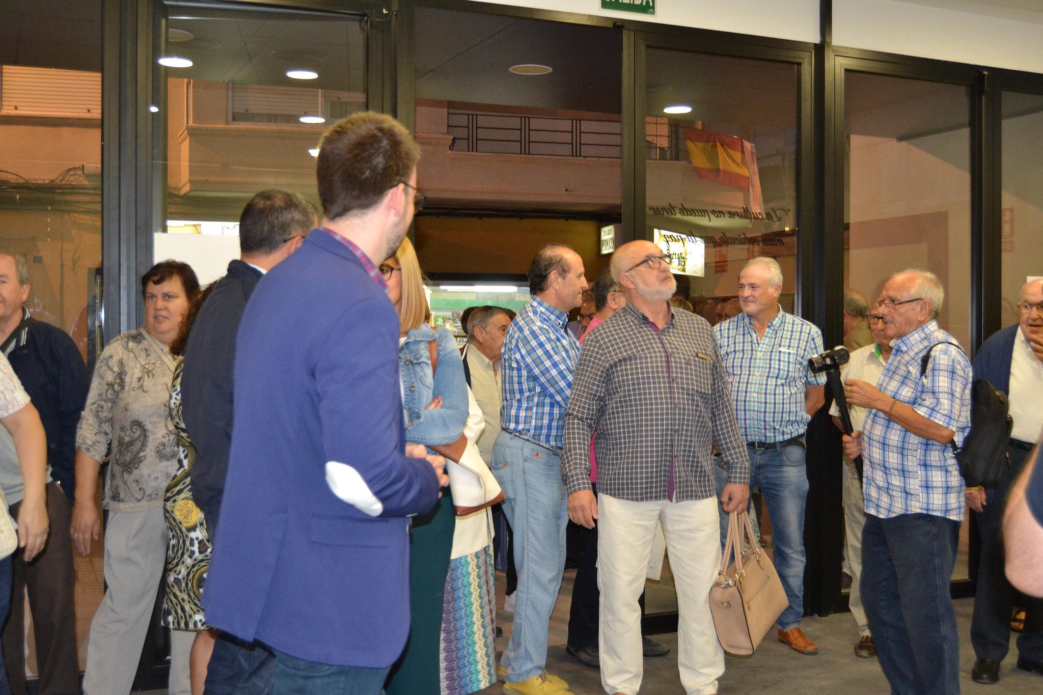 (2018-10-05) - Exposición Filatélica - Inauguración - Diario El Carrer  (08)