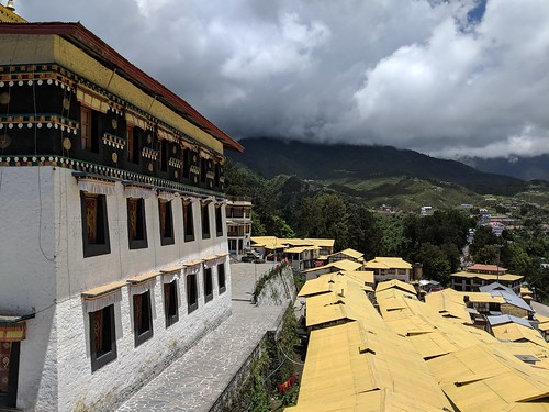 rest of tawang. i did not like the look of those clouds | by ric03uec