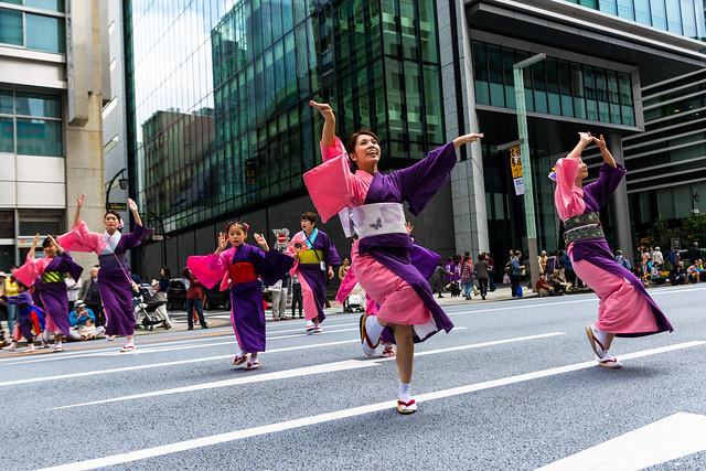 Nihombashi dancers