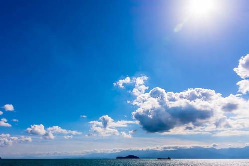 sky clouds sun sea ship blue bluesky autumn setonaikai setouchi nikon d7200 sigma 1770mm 1770