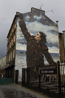 Glasgow - Jack Vettriano Billy Connolly mural 5D4_2378 | by Ronnie Macdonald