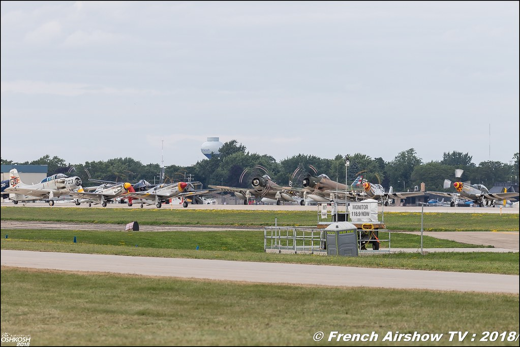 WWII Review eaa oshkosh airventure airshow meeting aerien