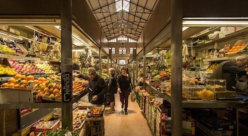 Mercato delle erbe (foto dal web)   by alberto.cisotto