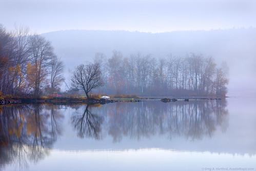 wassookeag lakewassookeag maine latefall lateautumn autumn reflection fog mist morningmist mainehighlands landscape lake pond trees penobscotcounty dextermaine morning firstlight