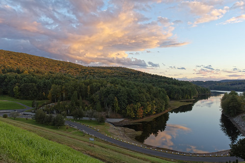 canon tamron1750mmf28 olympus 2018 autumn connecticut ct sunset clouds water reservoir landscape t2i saville dam