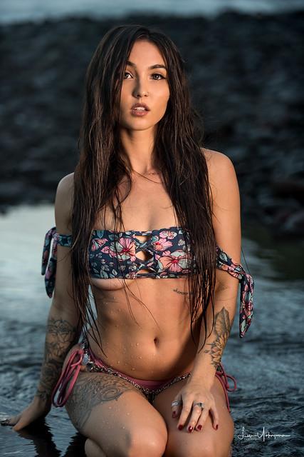 Kristina Chai @ Pololu Valley 33