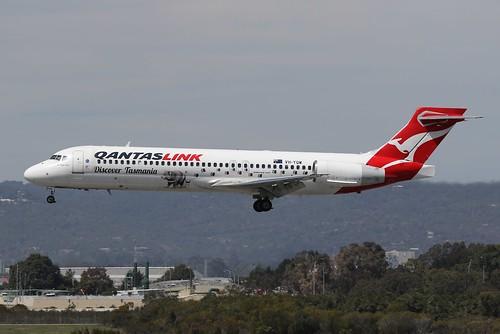 perth ypph westernaustralia qantaslink qantas boeing b717 speciallivery australia aviation aircraft aeroplane airplane airliner plane canon eos7d eos 7d 100400mm ef100400mmf4556lisiiusm tasmaniandevil