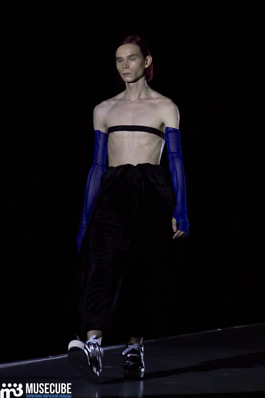 mercedes_benz_fashion_week_pirosmani_042