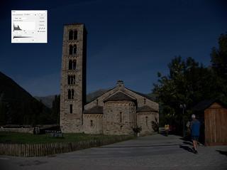 02-P8261424-DCRAW -W-histograma | by laucsap2