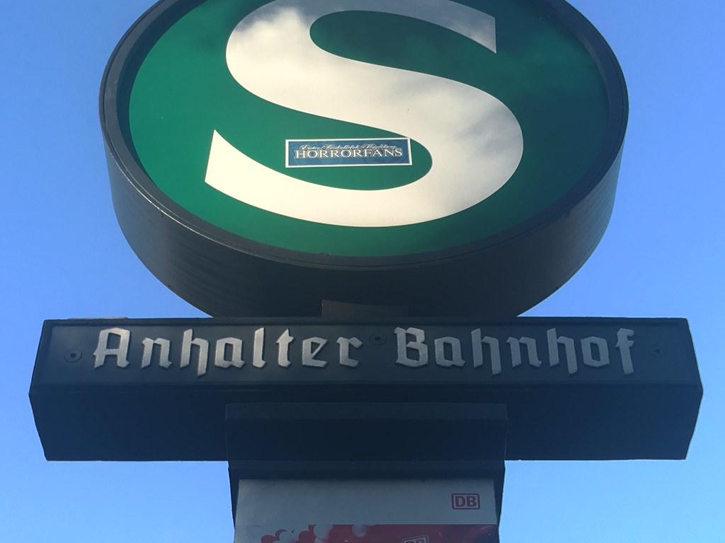 Berlin S-Bahn (blackletters on signage)