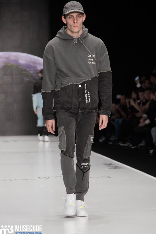 mercedes_benz_fashion_week_black_star_wear_004