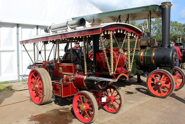Halfsize Burrell steam fairground tractor