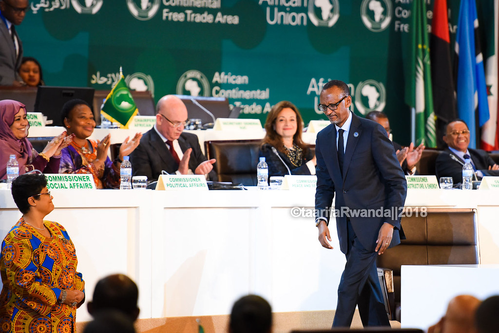 D African Heads of State sign the African Free Trade Area (37)