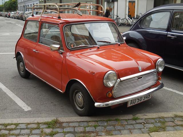Morris Mini Mascot AU50348 still on the roads of Denmark - paint lifting below windscreen